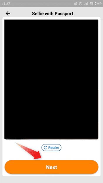 """④:""""Selfie with Passport""""では、セルフィー撮影(自撮り)をしてください"""